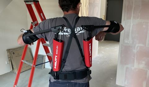 Breman zorgt met Exoskelet goed voor medewerkers